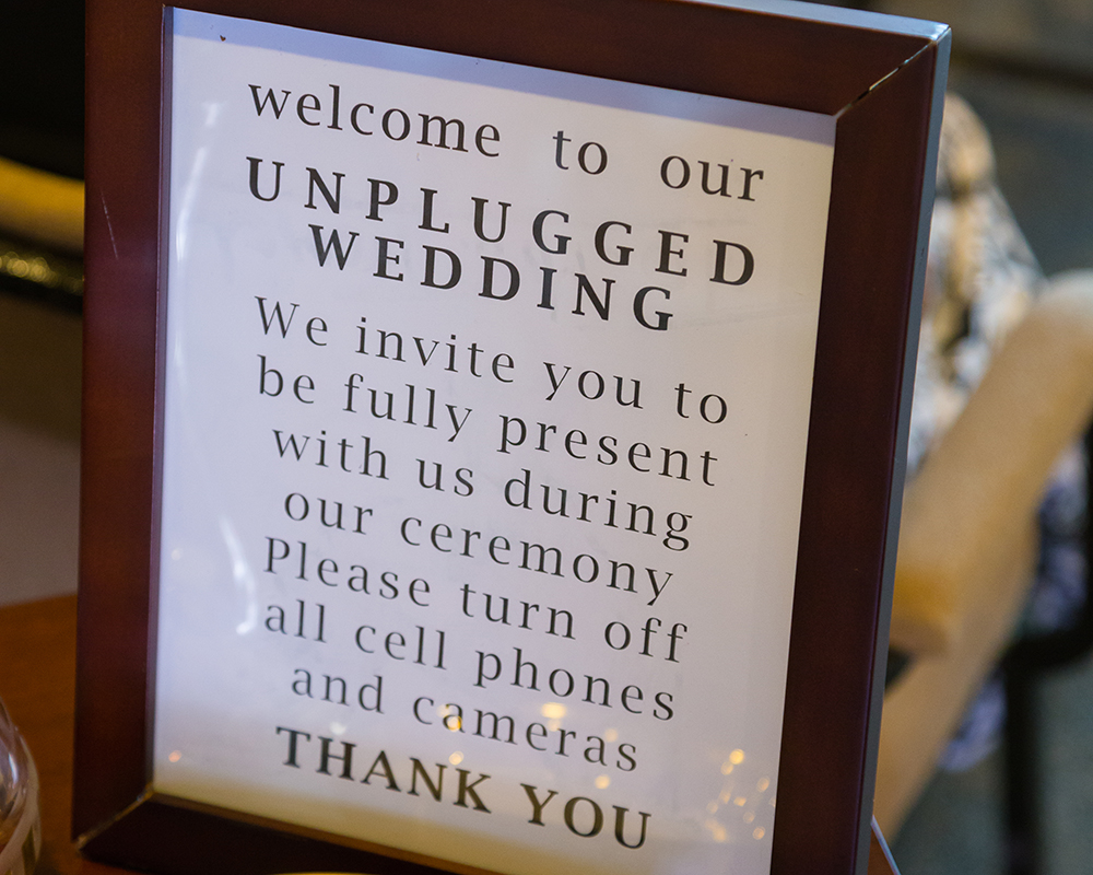 An Unplugged Wedding